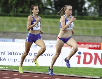 Interview s atlety Kristiinou Mäki a Filipem Sasínkem