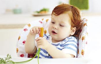 Jak vyzrát na první stravu děťátka