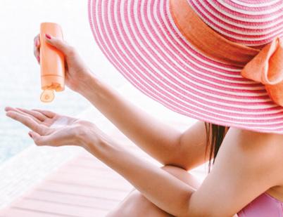 Tipy z lékárny: jak mít letos u moře okouzlující pleť